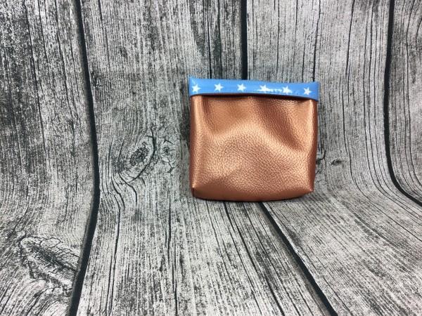 Mini Futterbeutel Kaylo kupfer metallic - Sterne hellblau